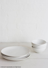 Ceramic plates, white (set of 4)