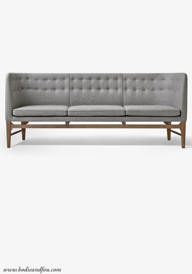 & Tradition Mayor Sofa AJ5, Smoked stained oak