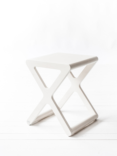 X stool white